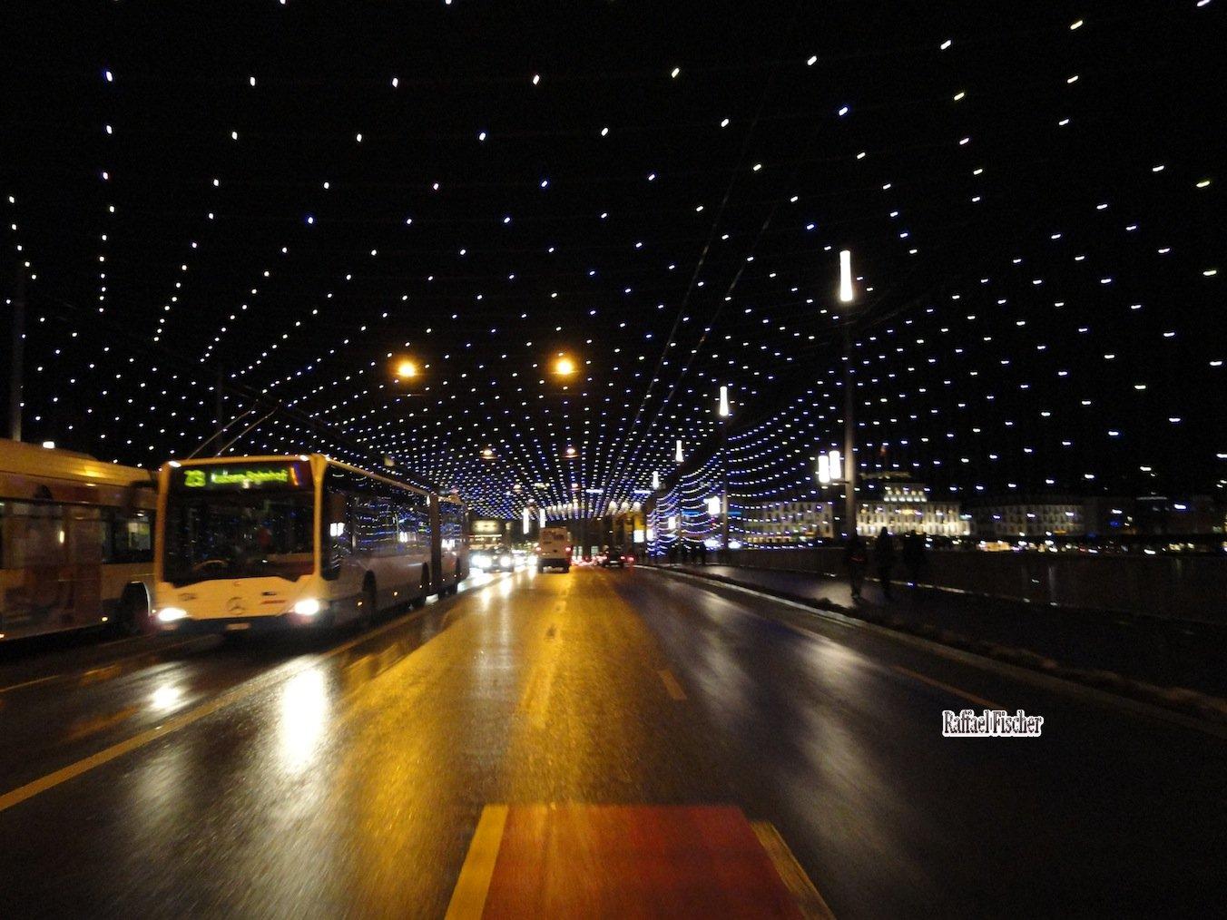 Seebrücke unter Lulu-Licht