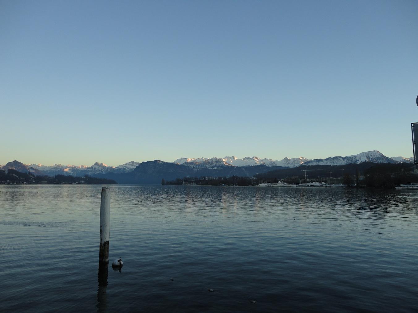 Luzerner Becken mit Bergkulisse