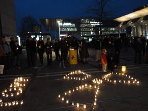 Mahnwache gegen Atomstrom (Luzern, 16.3.11)
